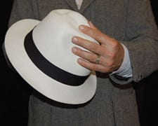 roll_your_panama_hat