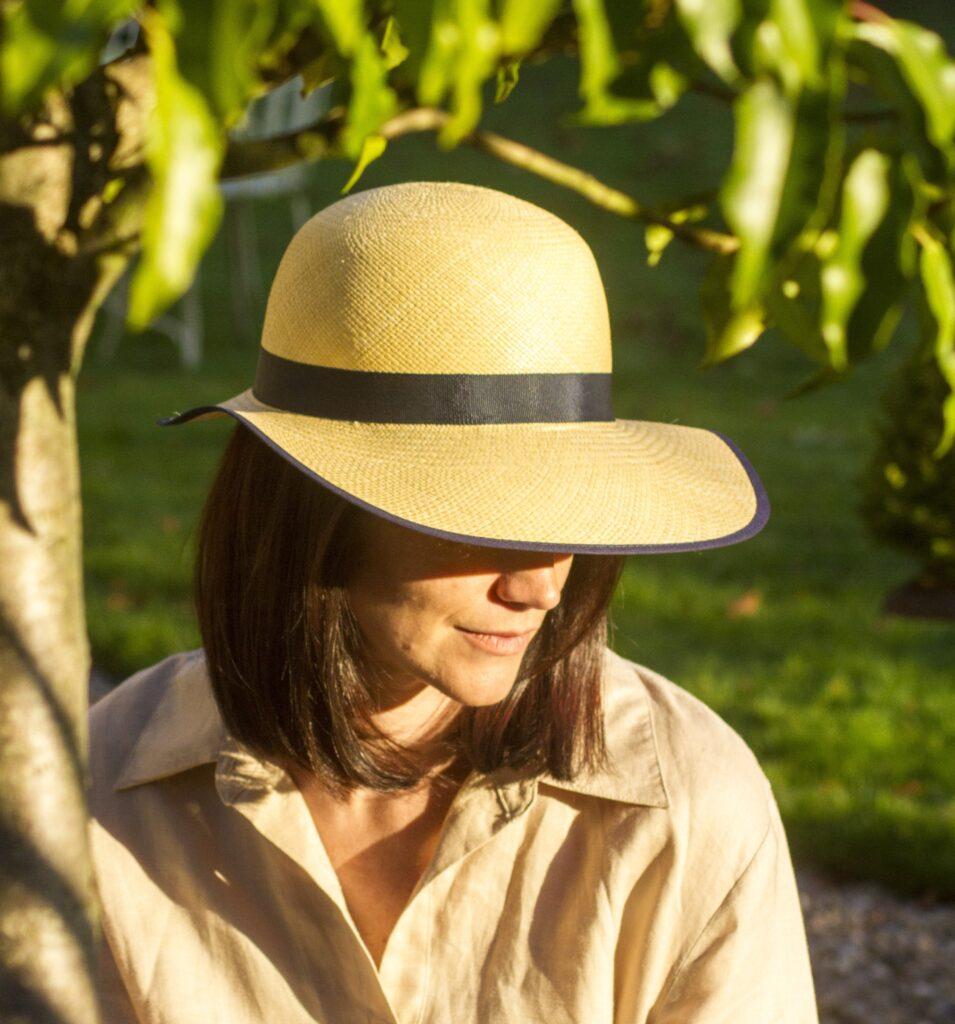 Womens_handmade_Chelsea_panama_hat