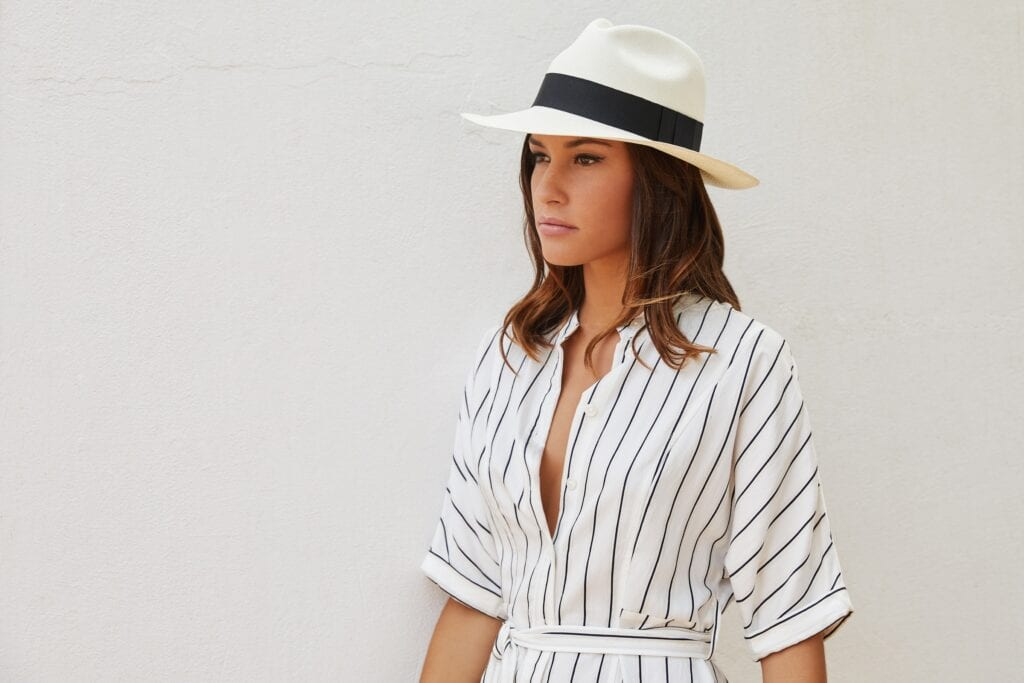 Ladies_hand-woven_genuine_Panama_hat