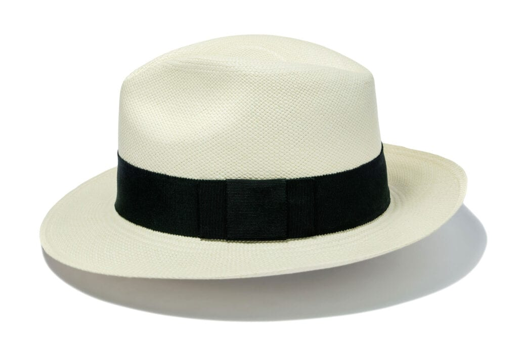 Classic_and_timeless_fedora_straw_hat