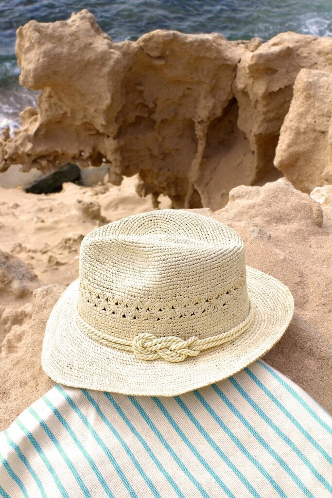 Rollable_travel_Panama_sun_hat