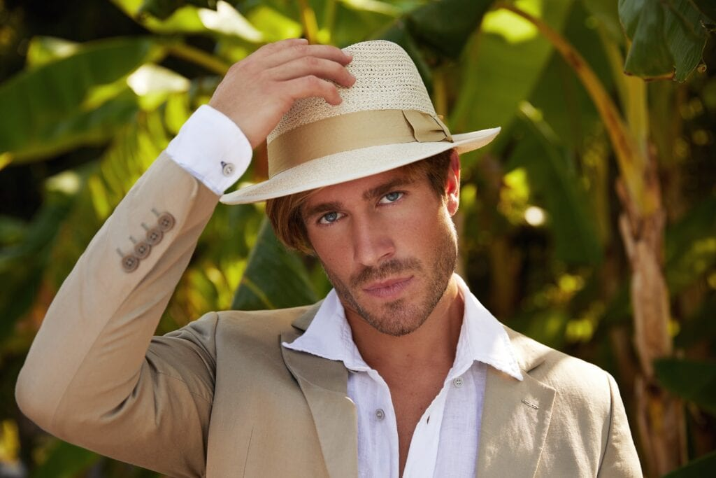 Men's_genuine_straw_panama_hat