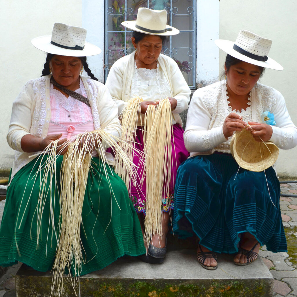 Handwoven_hats_by_artisans_in_ecaudor