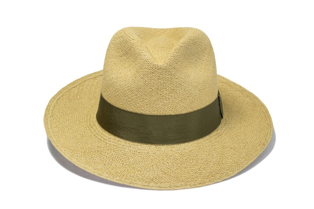 Men's_twisted_straw_traditional_fedora