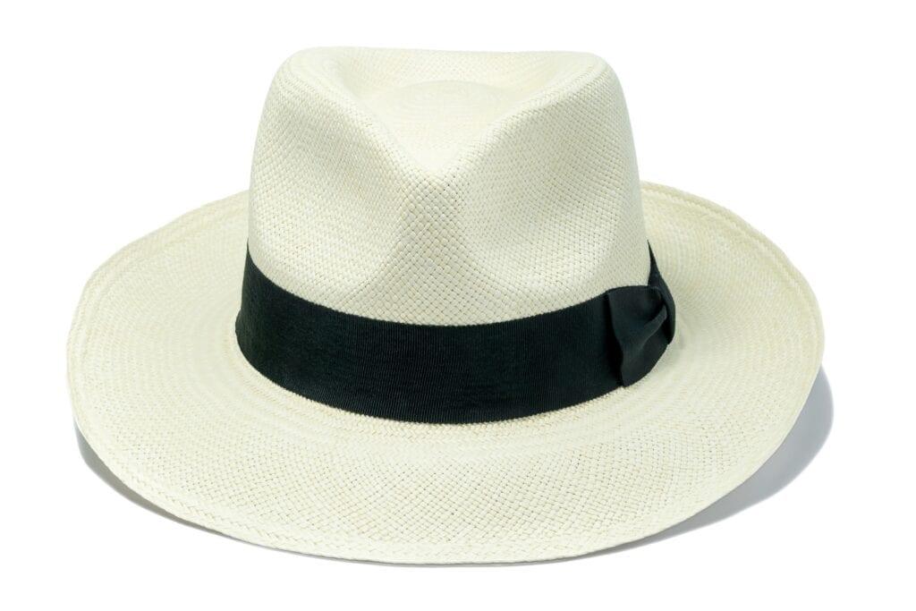 Fedora_style_rollable_Panama_hat