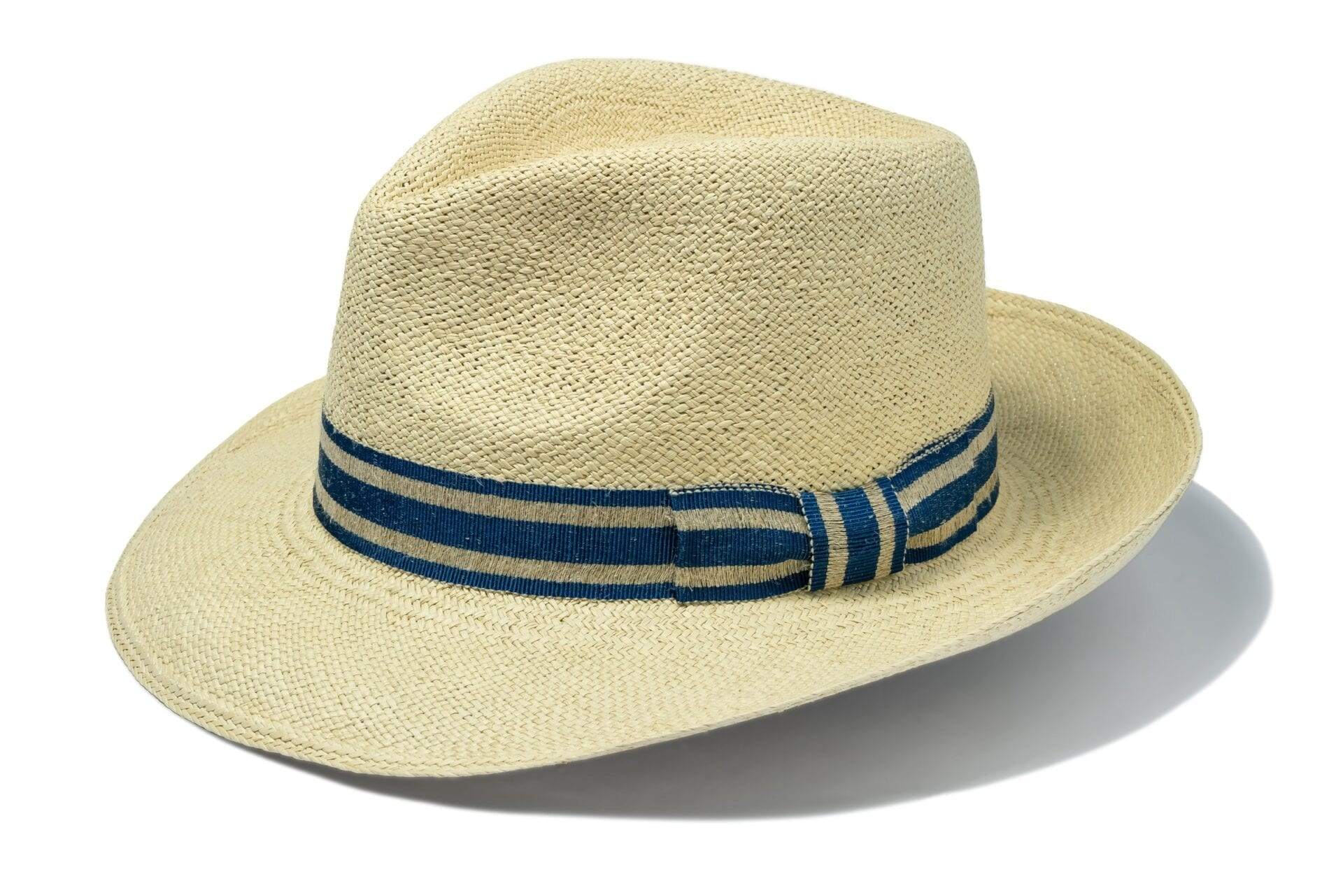 Men's_rollable_panama_hat_with_handmade_band