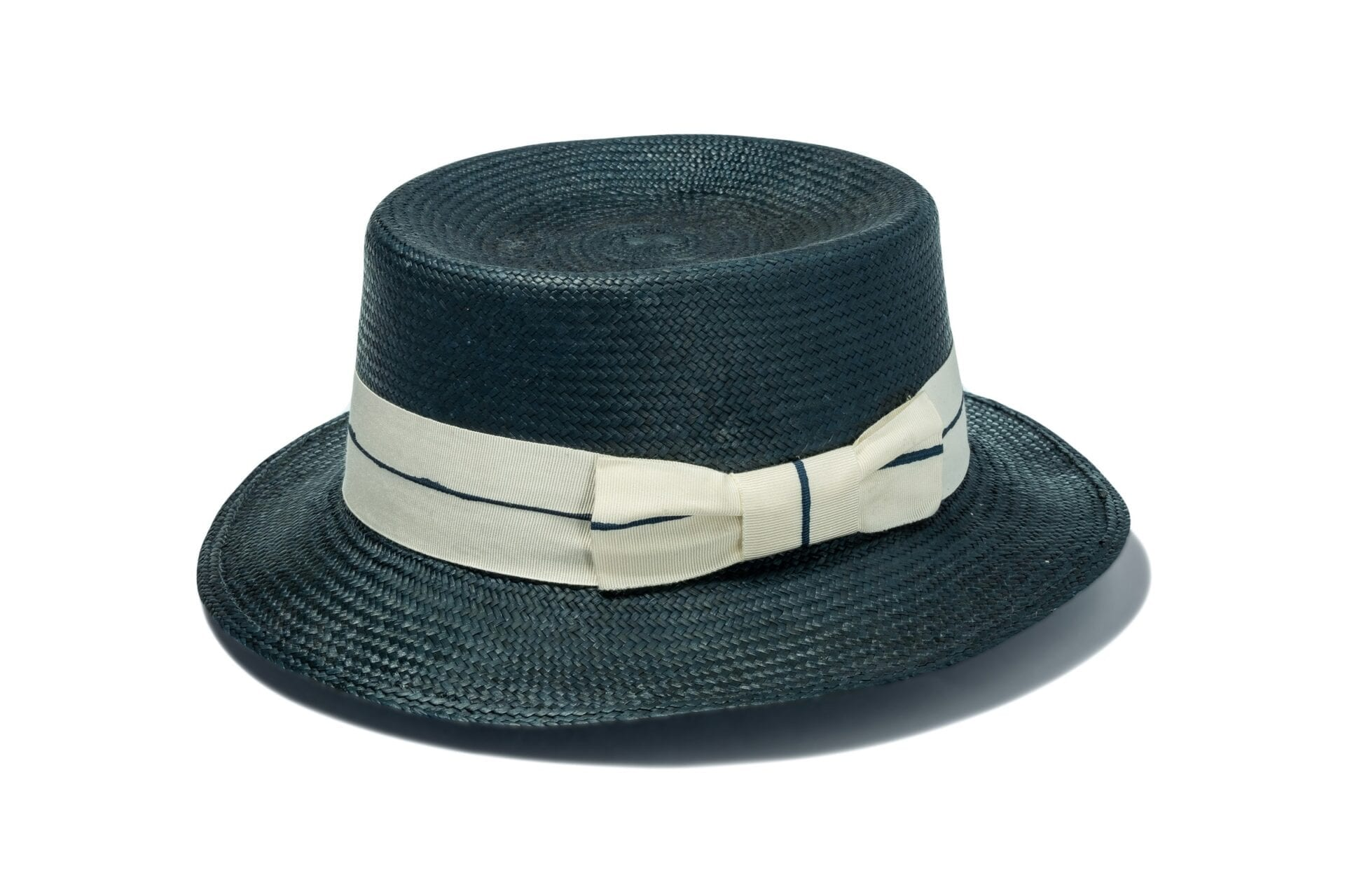 Chic_Cambridge_womens_black_straw_hat