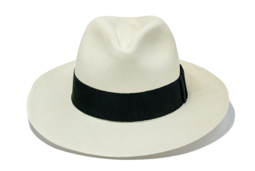 Women's_fine_weave_fedora_hat