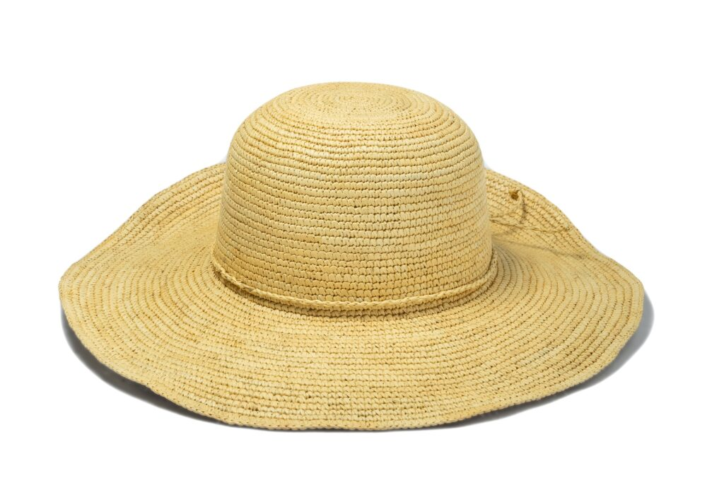 Women's_crochet_straw_Panama_hat
