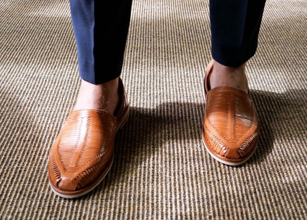 Woven leather men's shoe