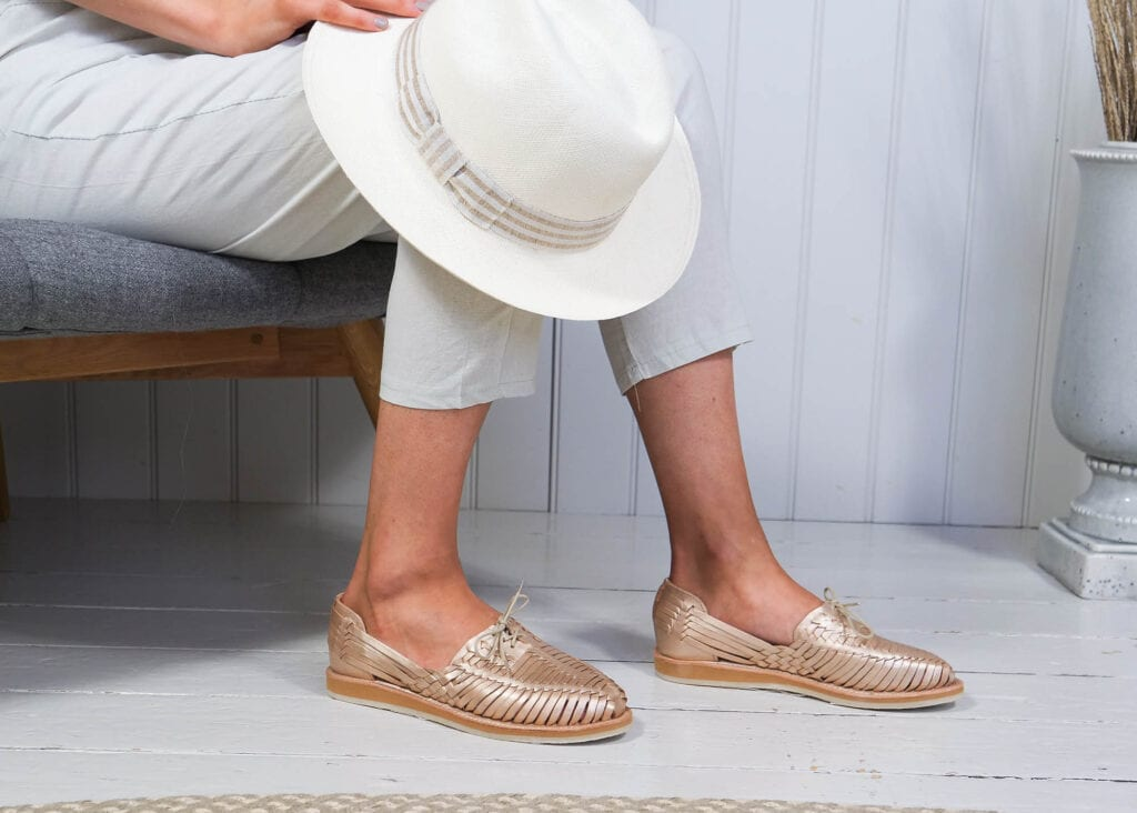 Rose gold hand woven leather women's shoes